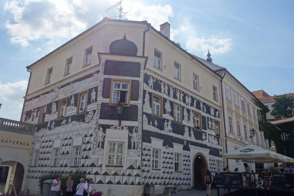 Budovy na náměstí