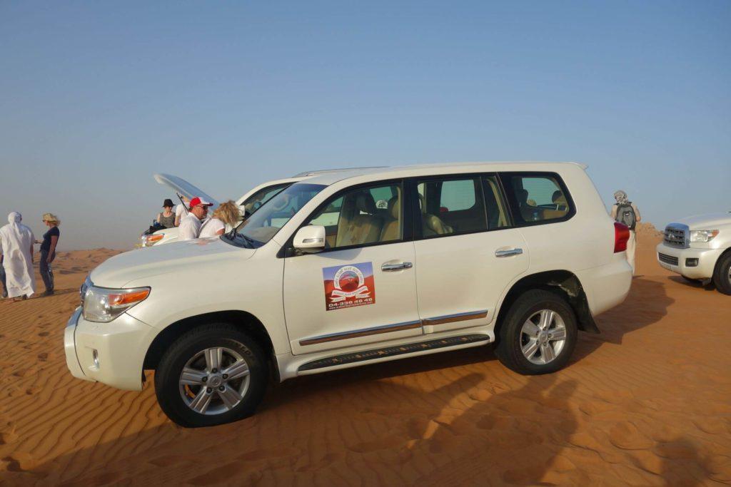 Zastávka v poušti Dubaj