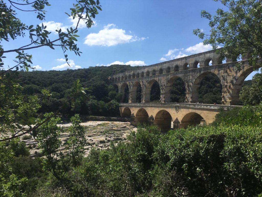 Pont du Gard pohled od příchodu