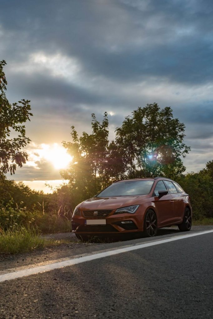 SEAT Leon Cupra sunset