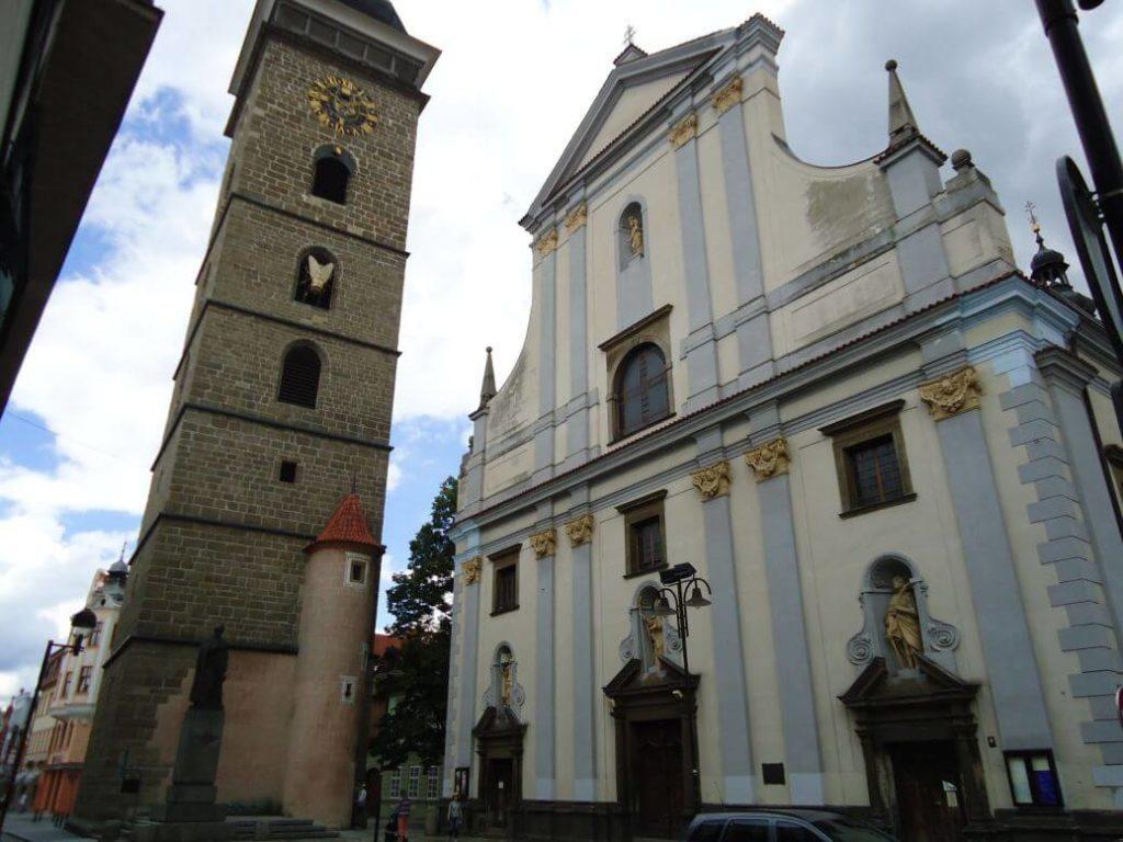 Černá věž a kostel