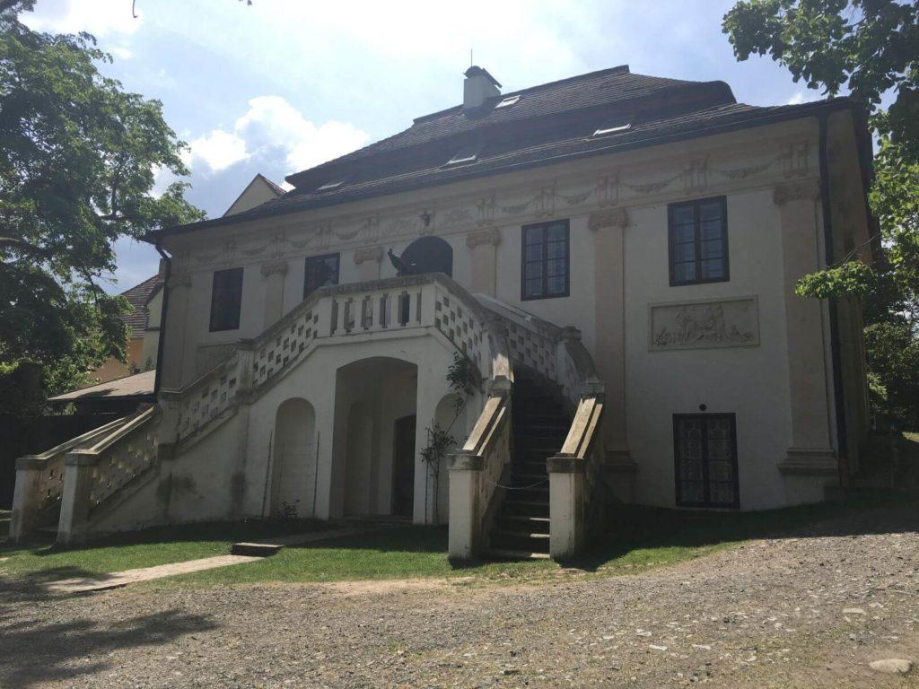 Empírový dům