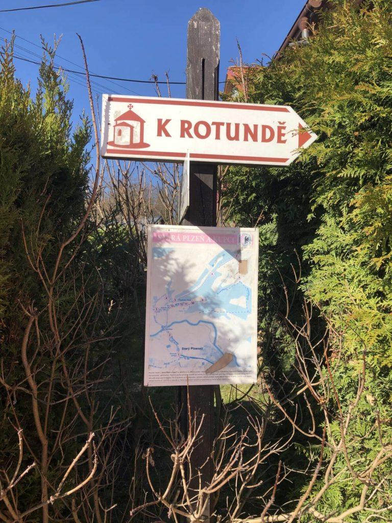 K Rotundě