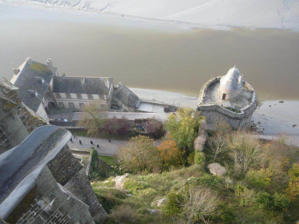 Mont Saint Michel hradby