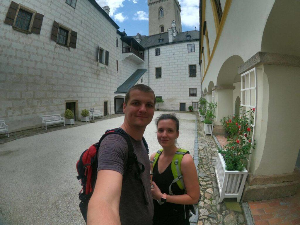 Na nádvoří hradu Rožmberk
