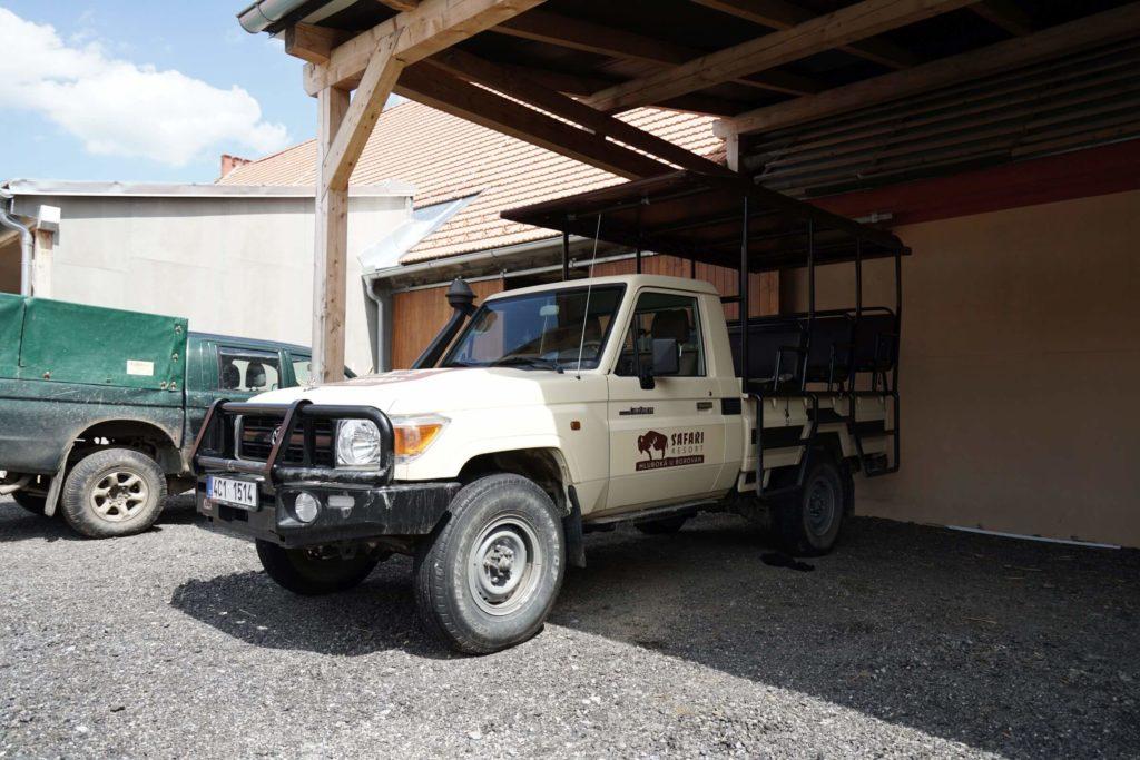 Safari vůz