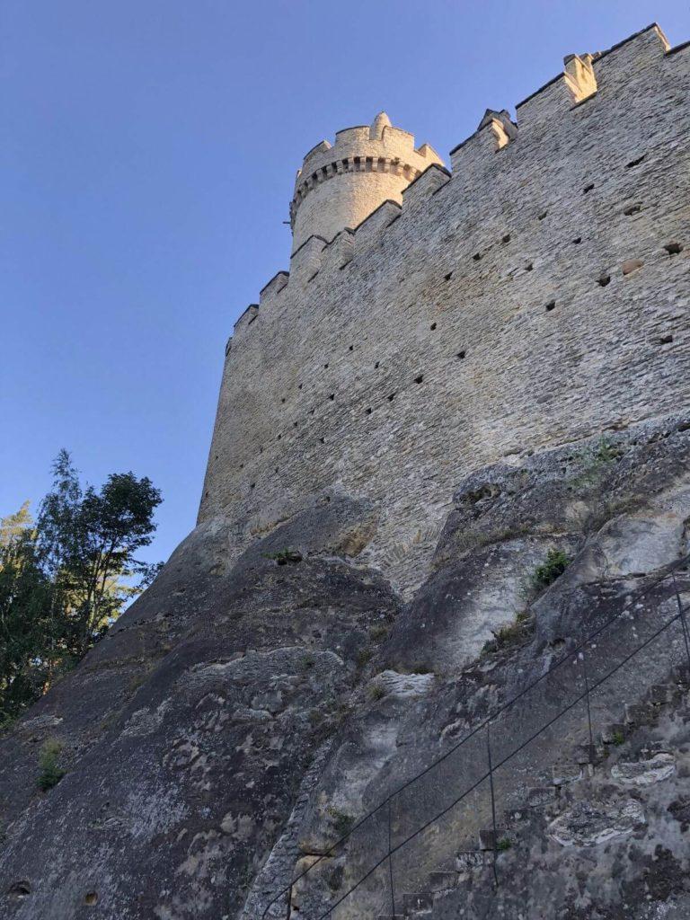 Kokořín hradby
