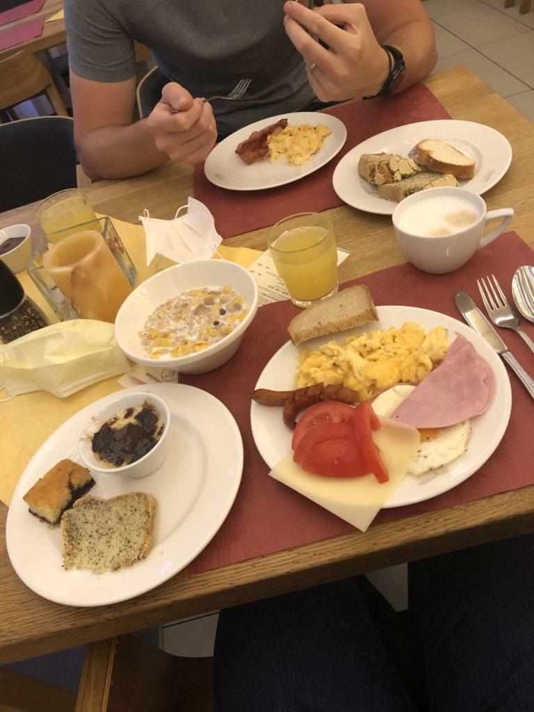 Kraví Hora snídaně