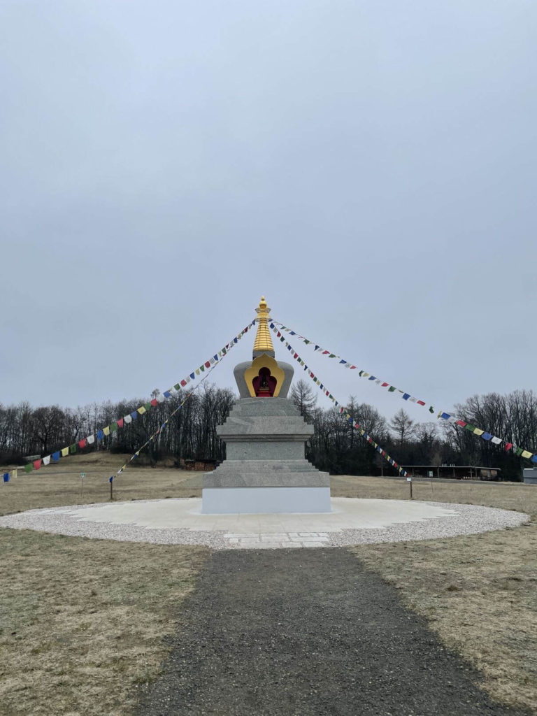 Buddhistická stúpa Těnovice