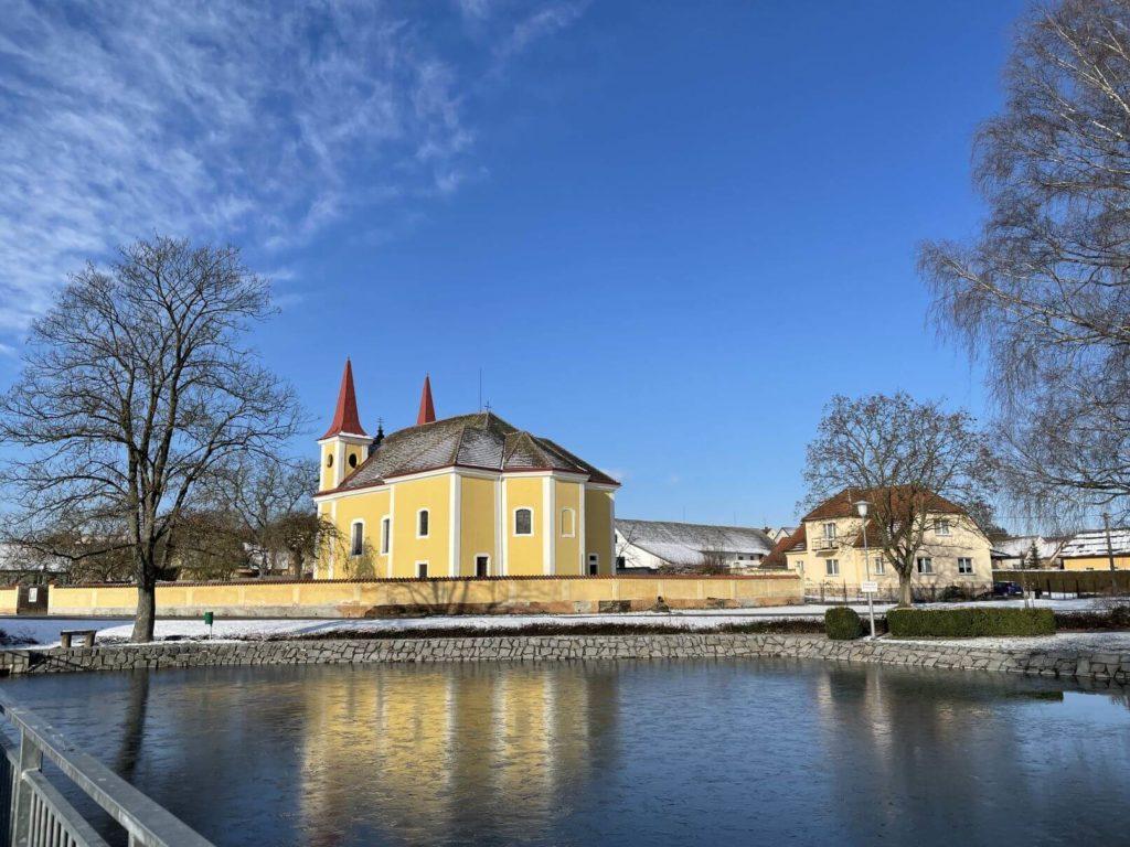 Osek kostel