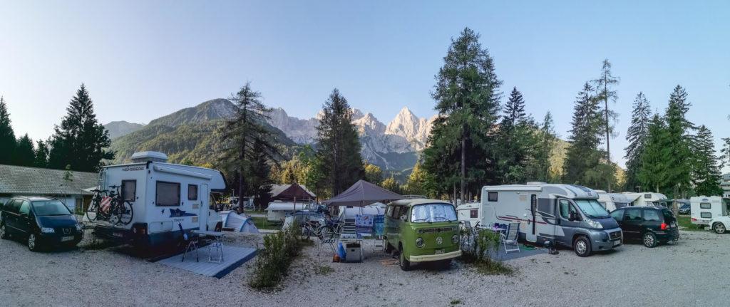 Kemp Špik Slovinsko - panorama ráno