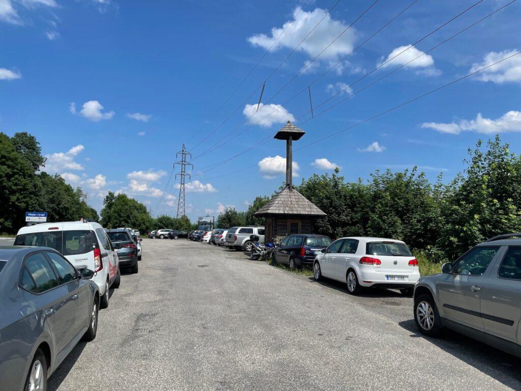 Parkoviště na Pindule