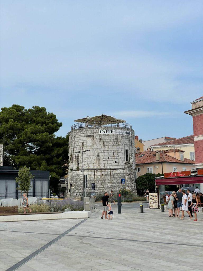 Věž Torre Rotonda